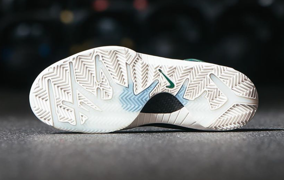 Undefeated Nike Kobe 4 Protro Bucks Giannis Antetokounmpo CQ3869-301 Release date