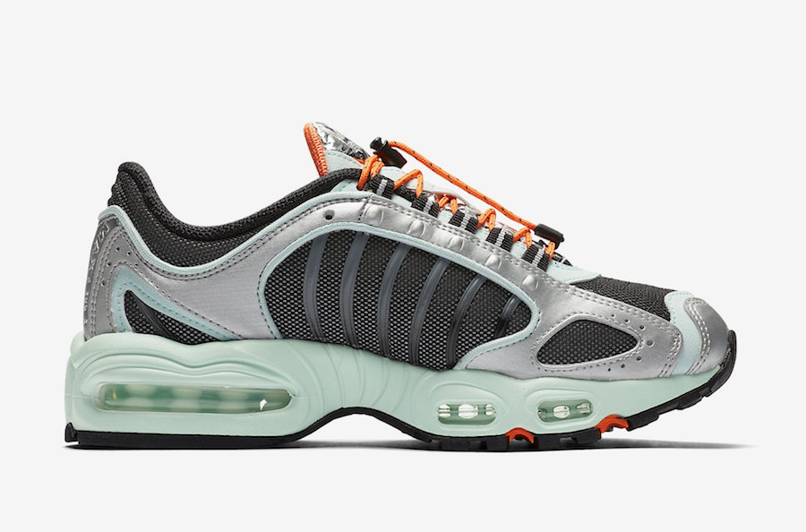 Nike Air Max Tailwind 4 Toggle Lacing CN0159-300 Release Date Info