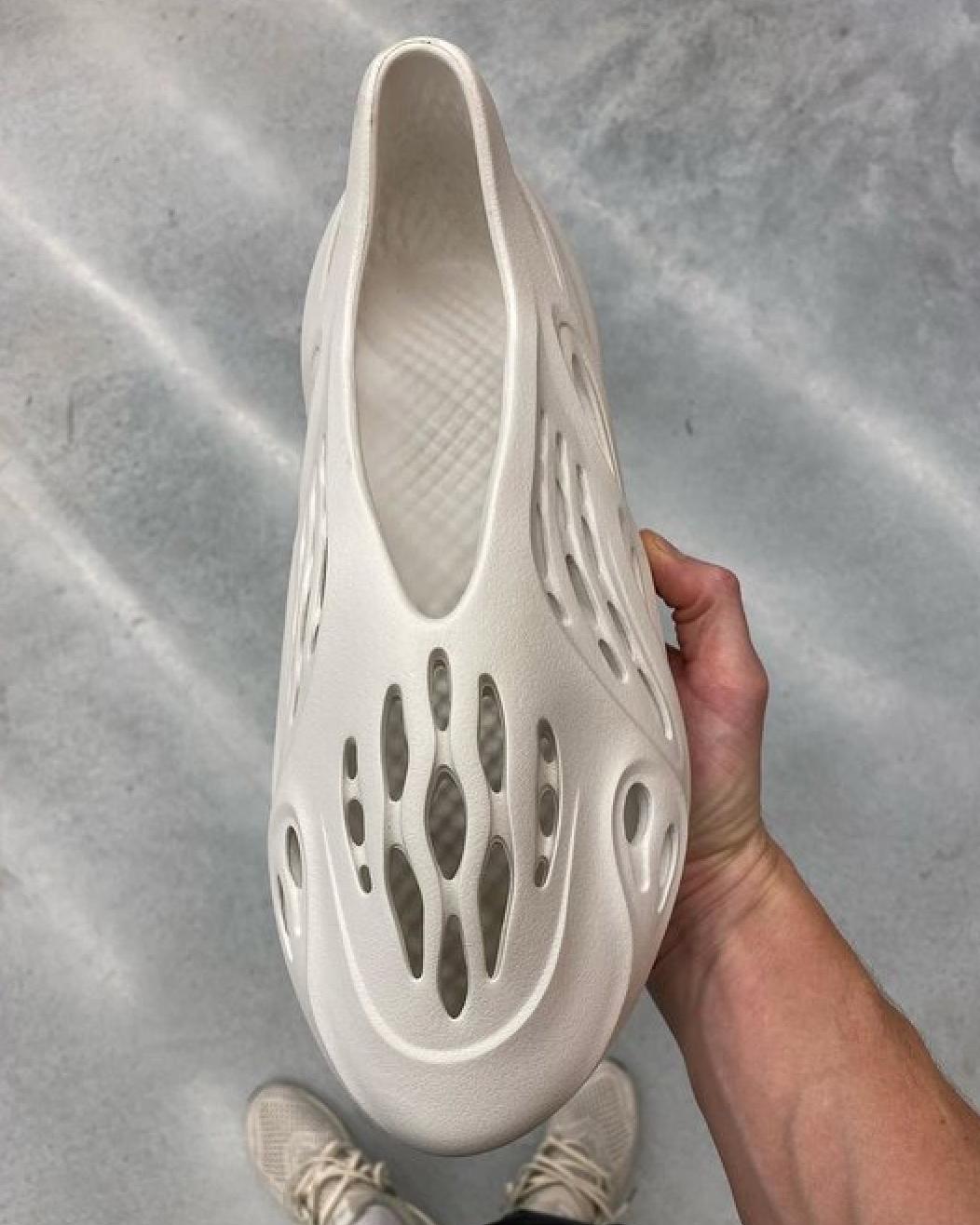 adidas Yeezy Foam Runner Croc