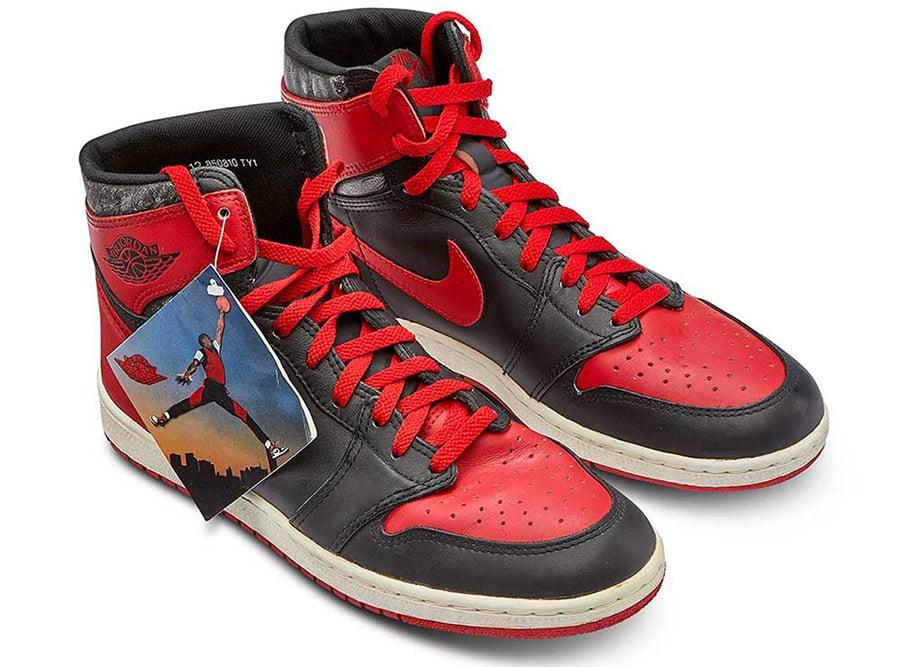 Air Jordan 1 High 85 Reverse Bred