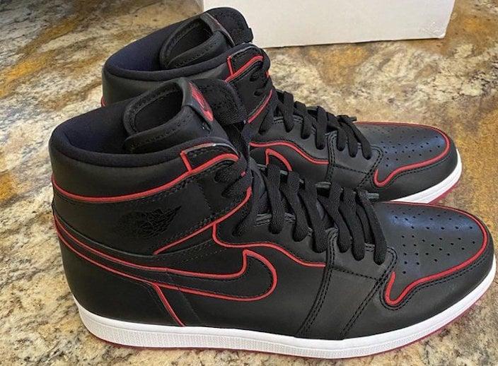 Air Jordan 1 Black Bloodline PE