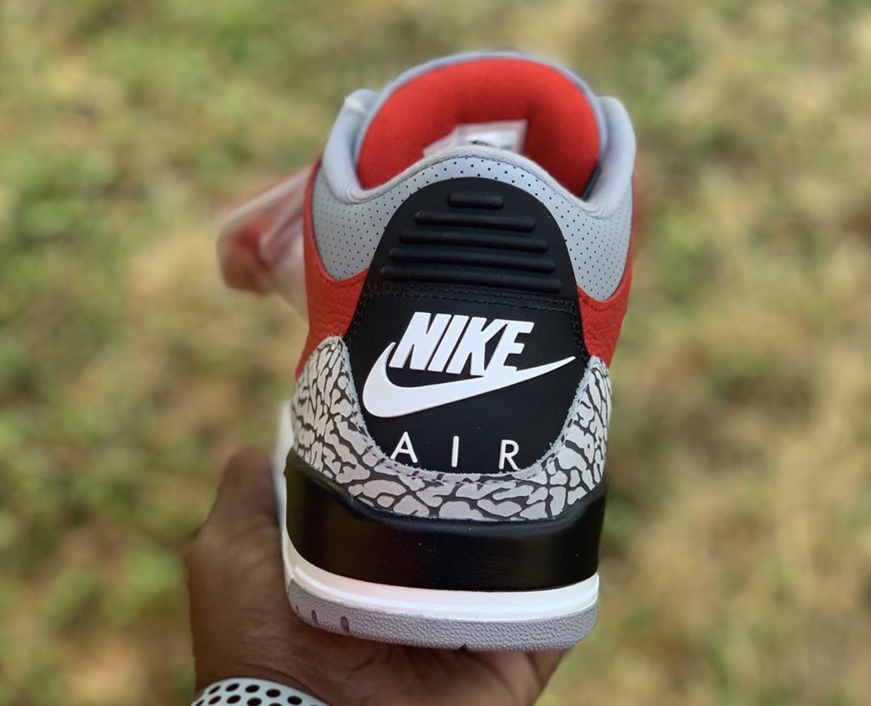 Red Cement Air Jordan 3 CK5692-600 Release Date
