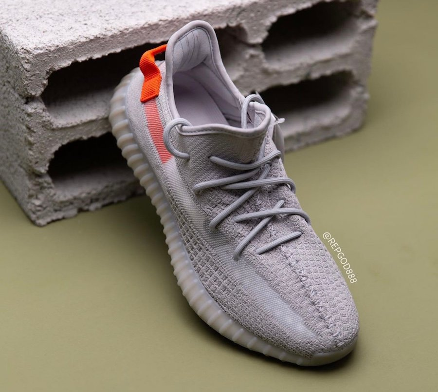 adidas Yeezy Boost 350 V2 Tail Light FX9017 Release Date