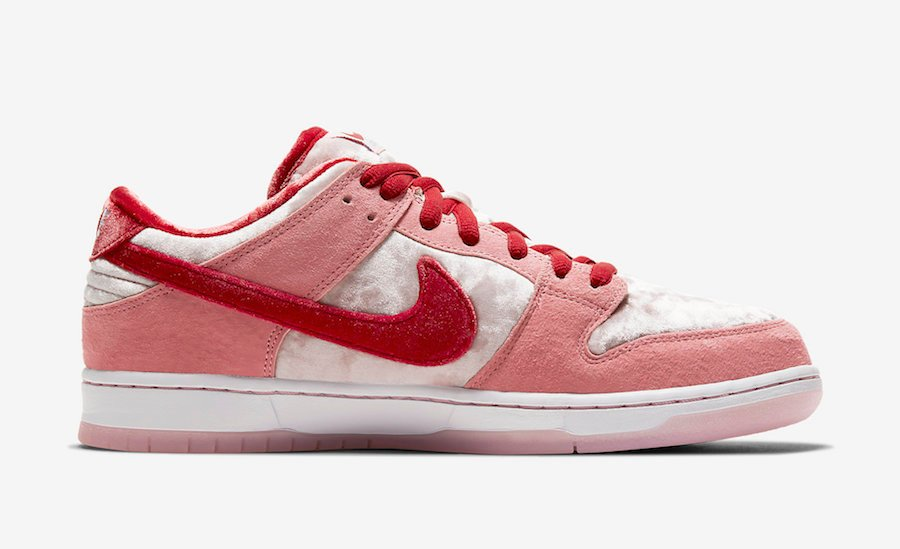 StrangeLove Nike SB Dunk Low CT2552-800 Release