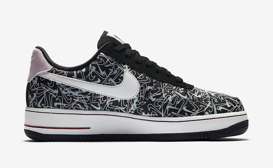 This Nike Air Force 1 Low Celebrates Valentine's Day