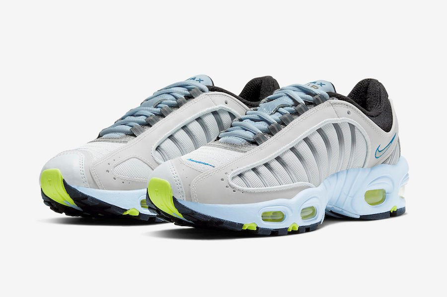 This Nike Air Max Tailwind 4 Features Pure Platinum and Reflective Detailing