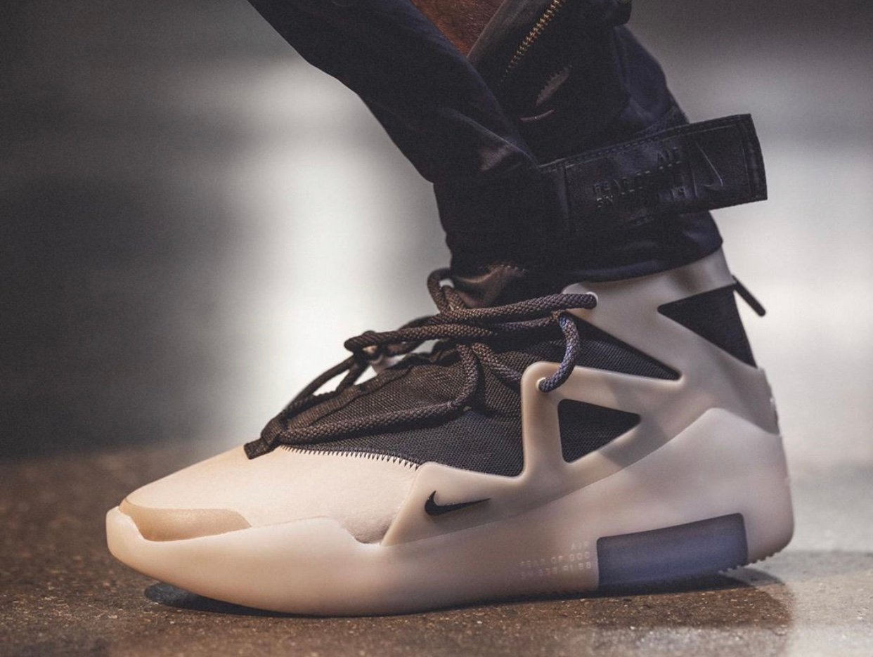 String Nike Fear of God 1 Release Date