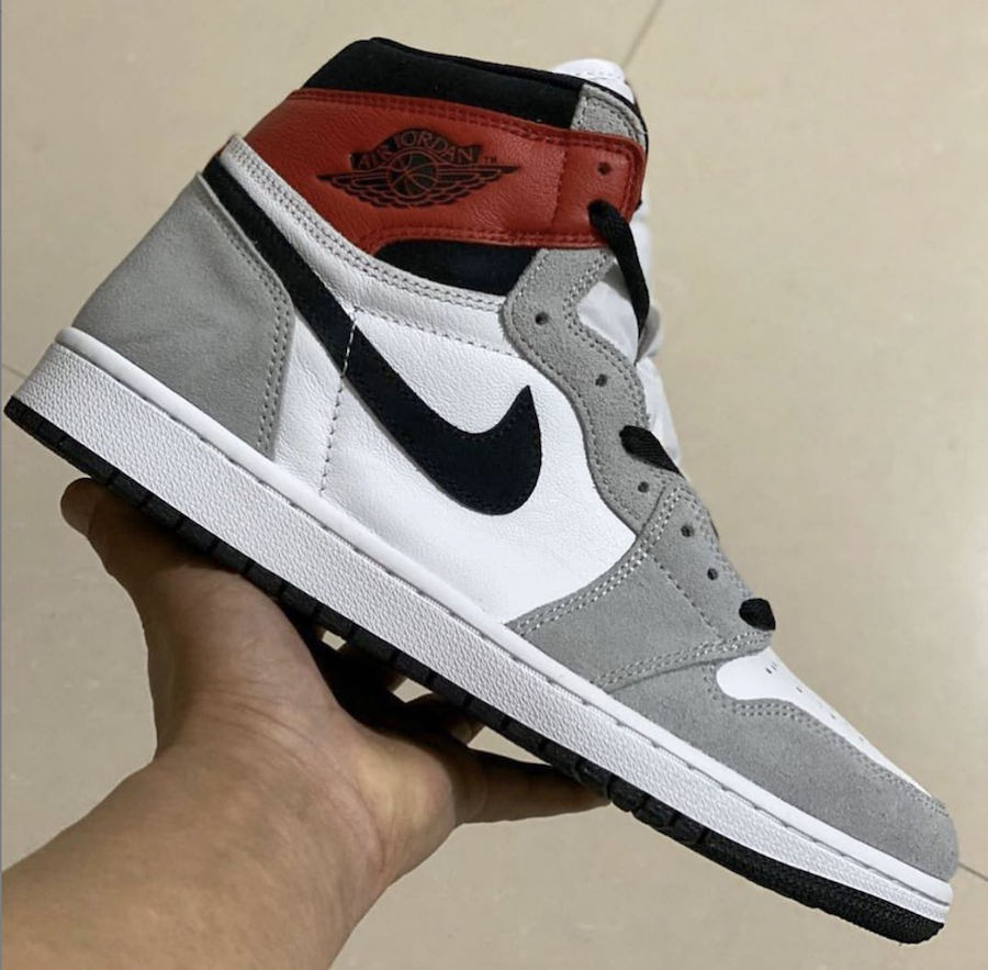 Air Jordan 1 Light Smoke Grey 555088-126 Release Details