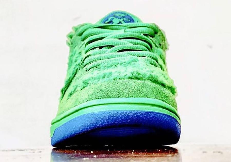Grateful Dead Nike SB Dunk Low Green Release Date