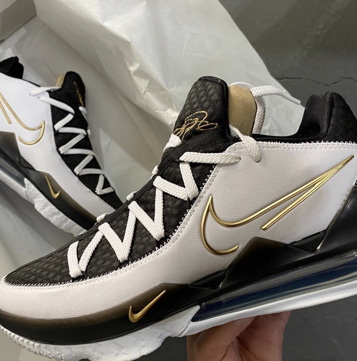 Nike LeBron 17 Low Metallic Gold CD5007-101 Release Date Info