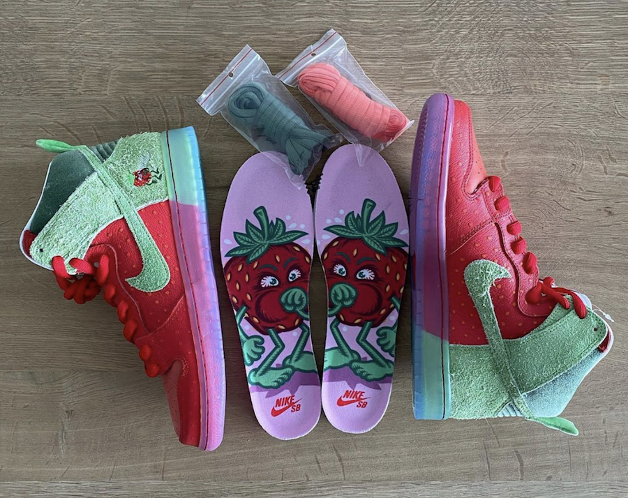 Nike SB Dunk High Strawberry Cough CW7093-600 Release Date