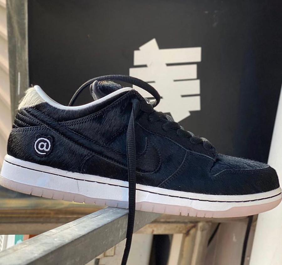 Medicom Toy Nike SB Dunk Low CZ5127-001 Release Date