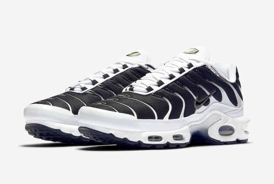Nike Air Max Plus White Black Metallic