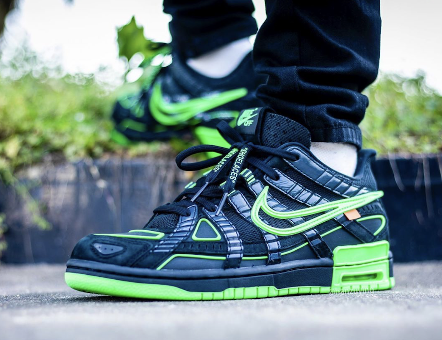 Off-White Nike Air Rubber Dunk Green Strike CU6015-001 On Feet