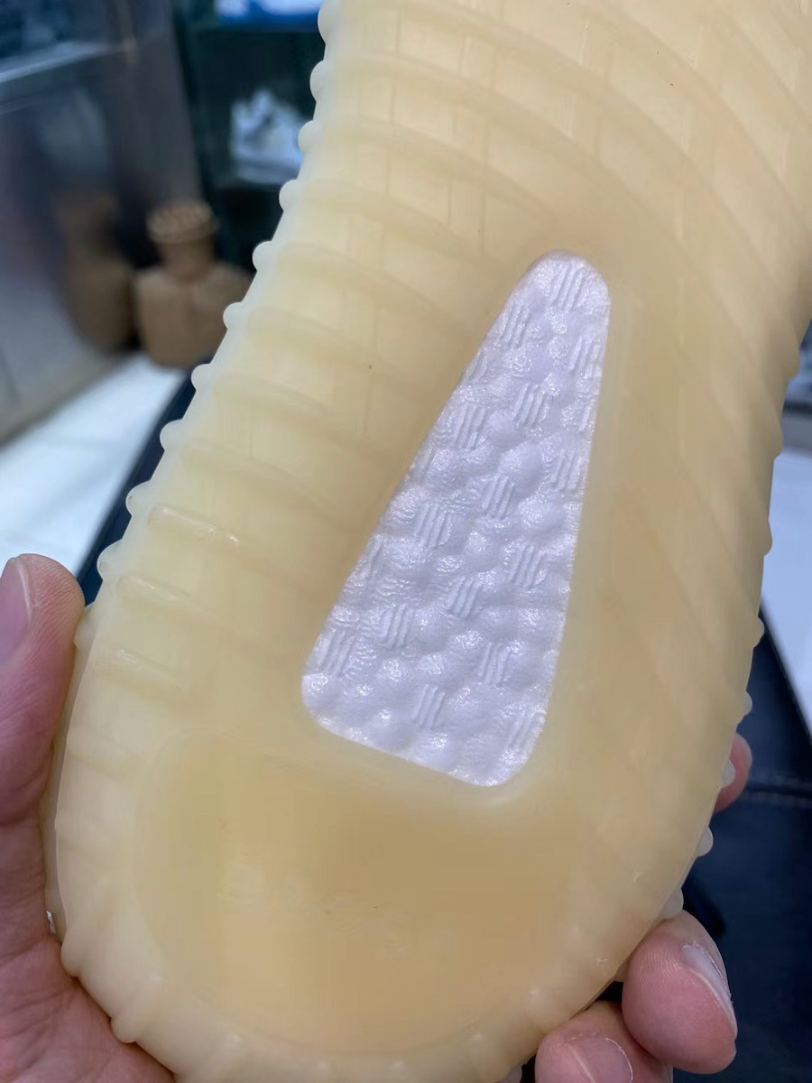 adidas Yeezy Boost 350 V2 Asriel FZ5000 Release Info