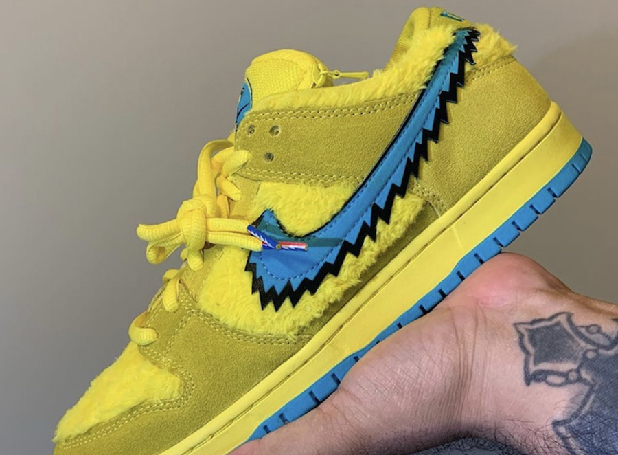Grateful Dead Yellow Bear Nike SB Dunk Low CJ5378-700 2020