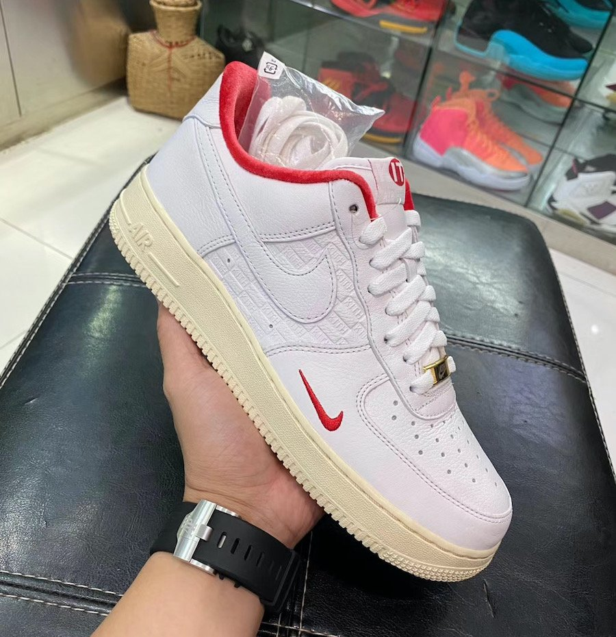 Kith Nike Air Force 1 Low Japan White University Red Metallic Gold CZ7926-100 Release Date