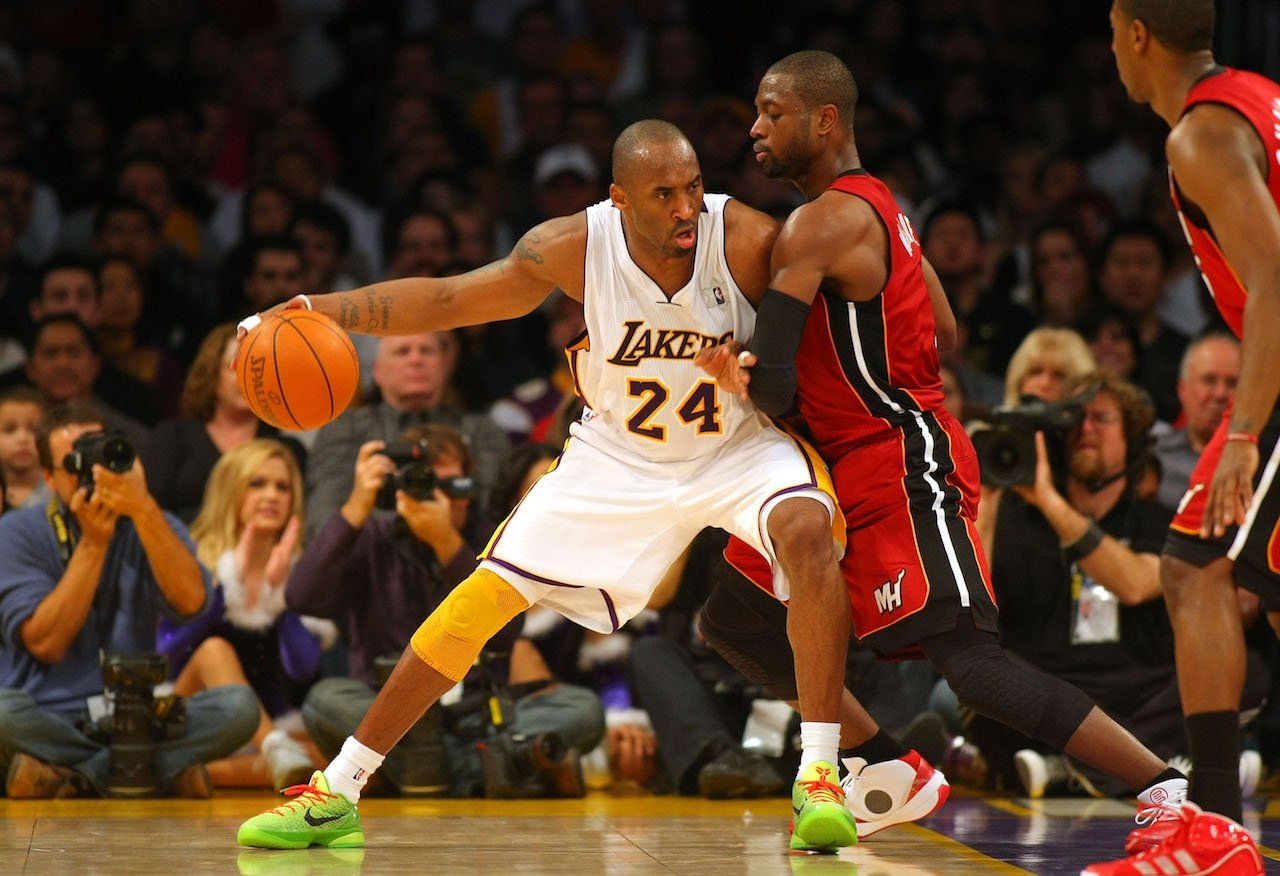 Kobe Bryant Nike Kobe 6 Grinch 2010