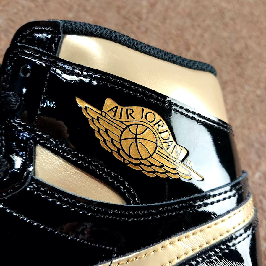 Air Jordan 1 Patent Black Gold 555088-032 Release Info