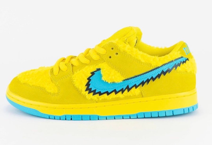 Grateful Dead Nike SB Dunk Low Yellow Bear CJ5378-700