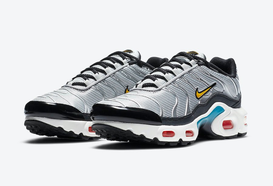 Nike Air Max Plus GS Sky Nike CW6010-001 Release Date Info