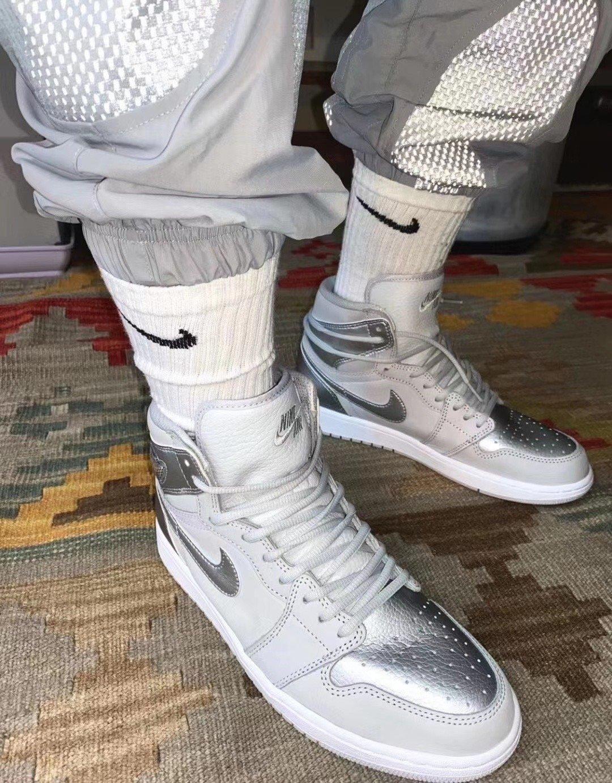 Air Jordan 1 Japan Metallic Silver Da0382 029 Release Date Info Sneakerfiles