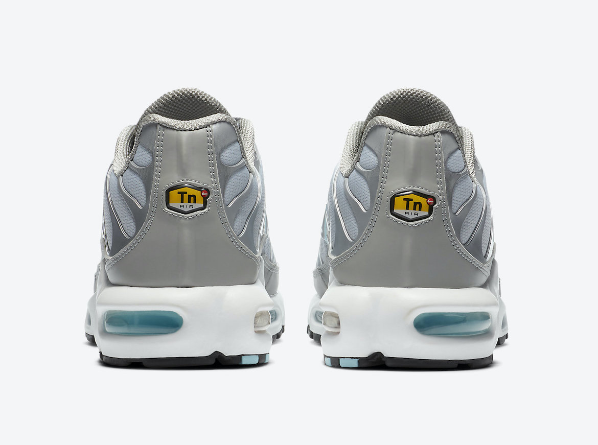 Nike Air Max Plus Smoke Grey Glacier Ice CZ7552-002 Release Date Info