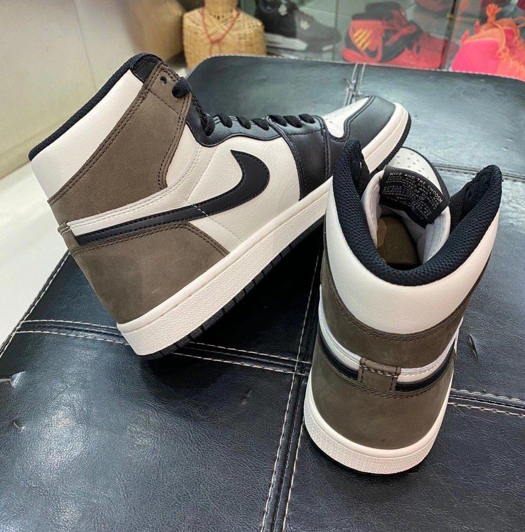 Air Jordan 1 High OG Dark Mocha 555088-105
