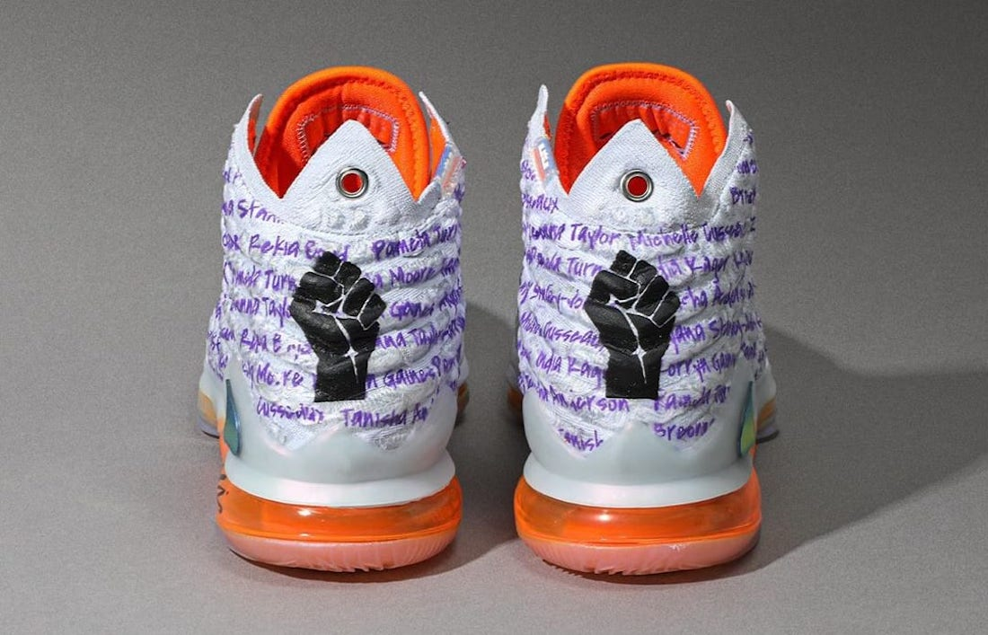 Diana Taurasi Nike LeBron 17