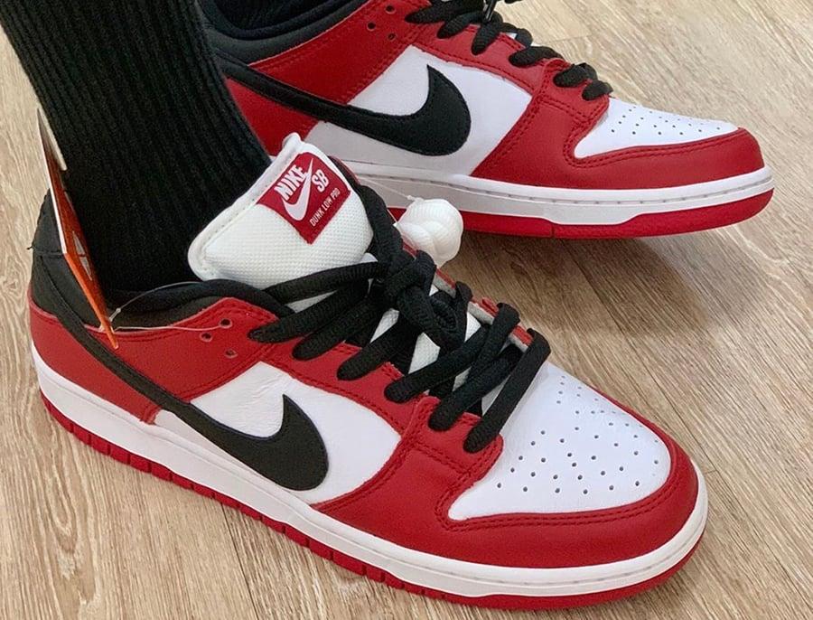 Nike SB Dunk Low Chicago BQ6817-600 On Foot