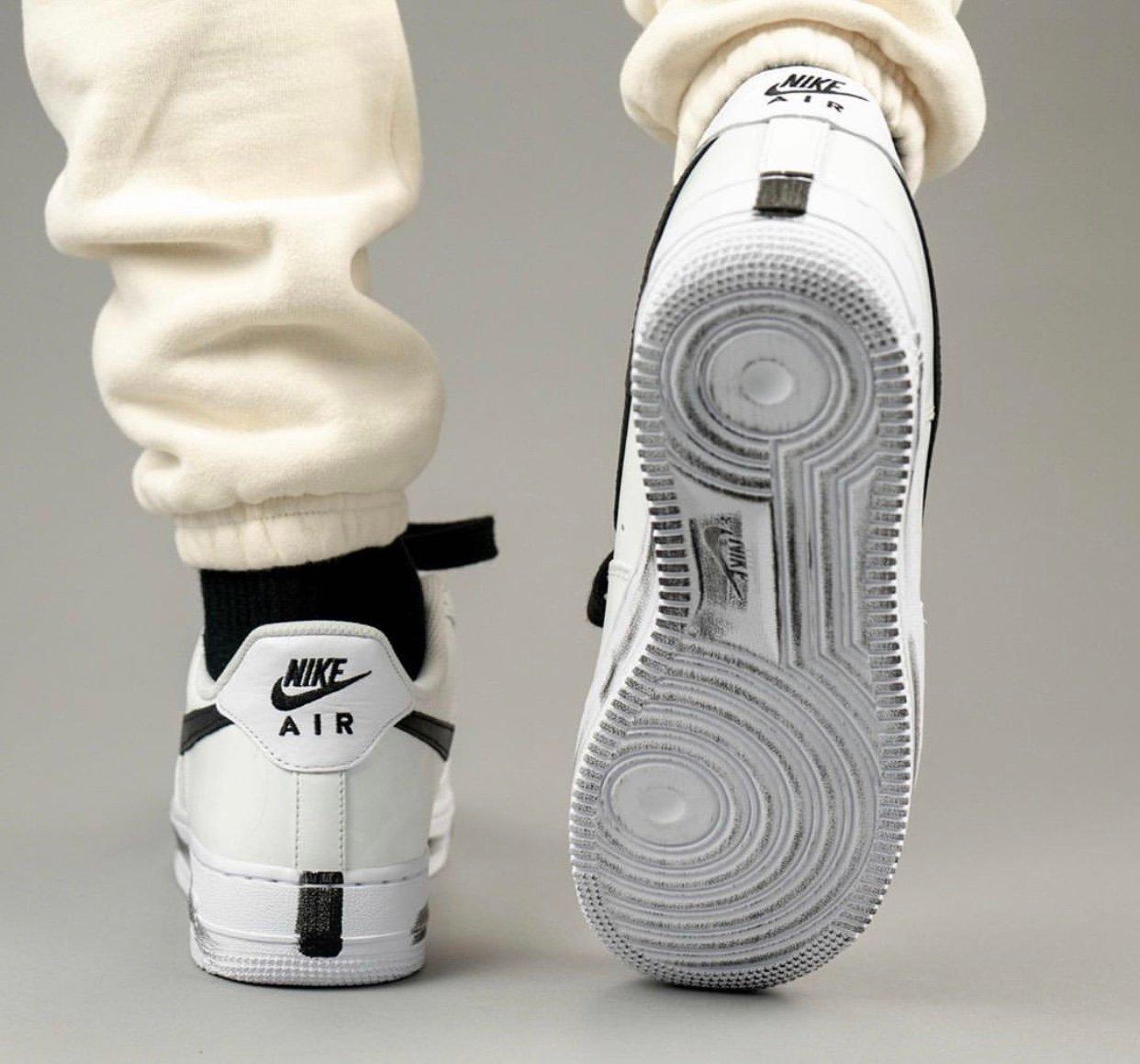 PEACEMINUSONE Nike Air Force 1 2.0 DD3223-100 Release Info On Feet