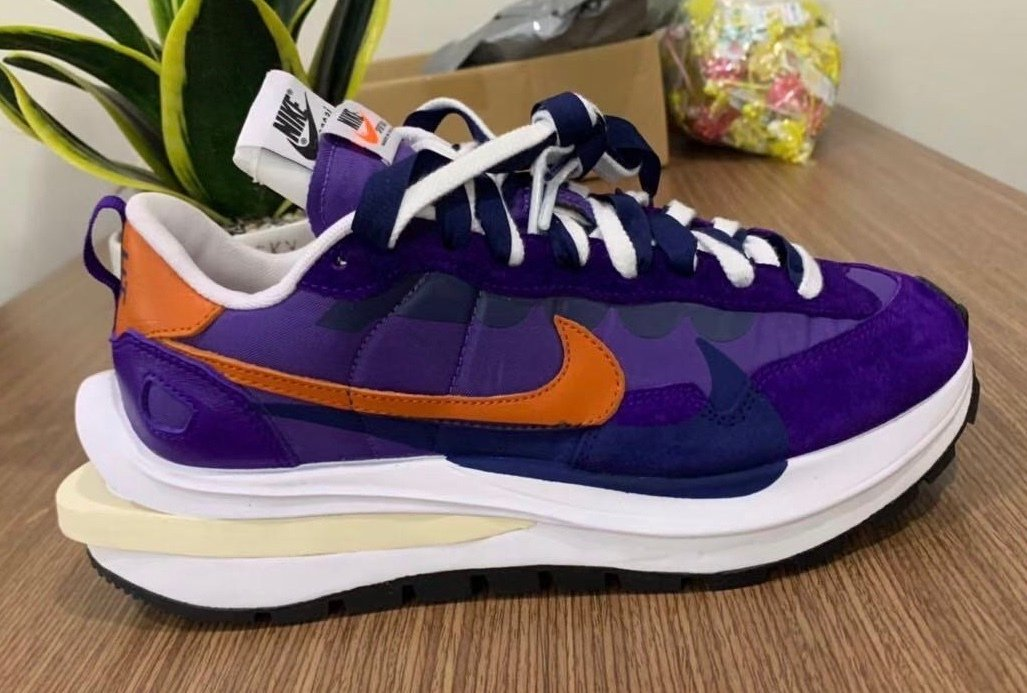 Sacai Nike VaporWaffle Dark Iris Campfure Orange White Release Date