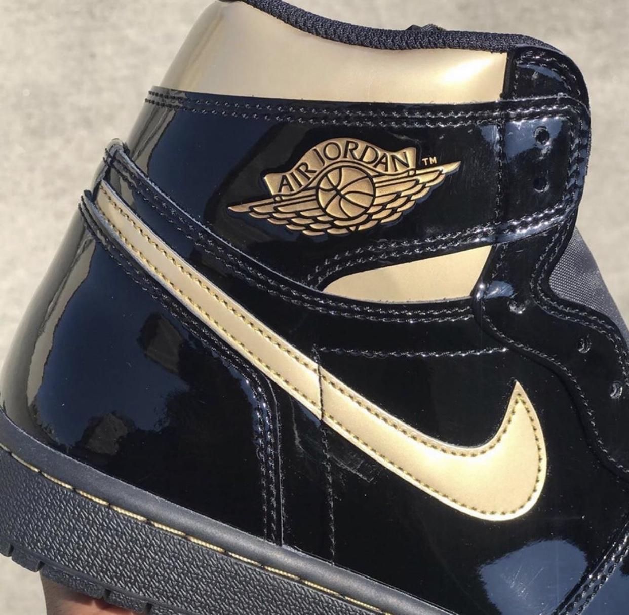 Air Jordan 1 High OG Black Gold Release Info