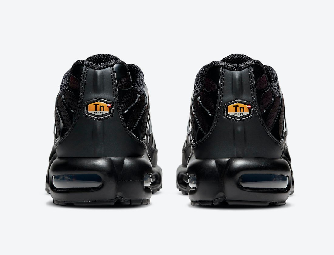 Nike Air Max Plus Black Red DC1936-001 Release Date Info