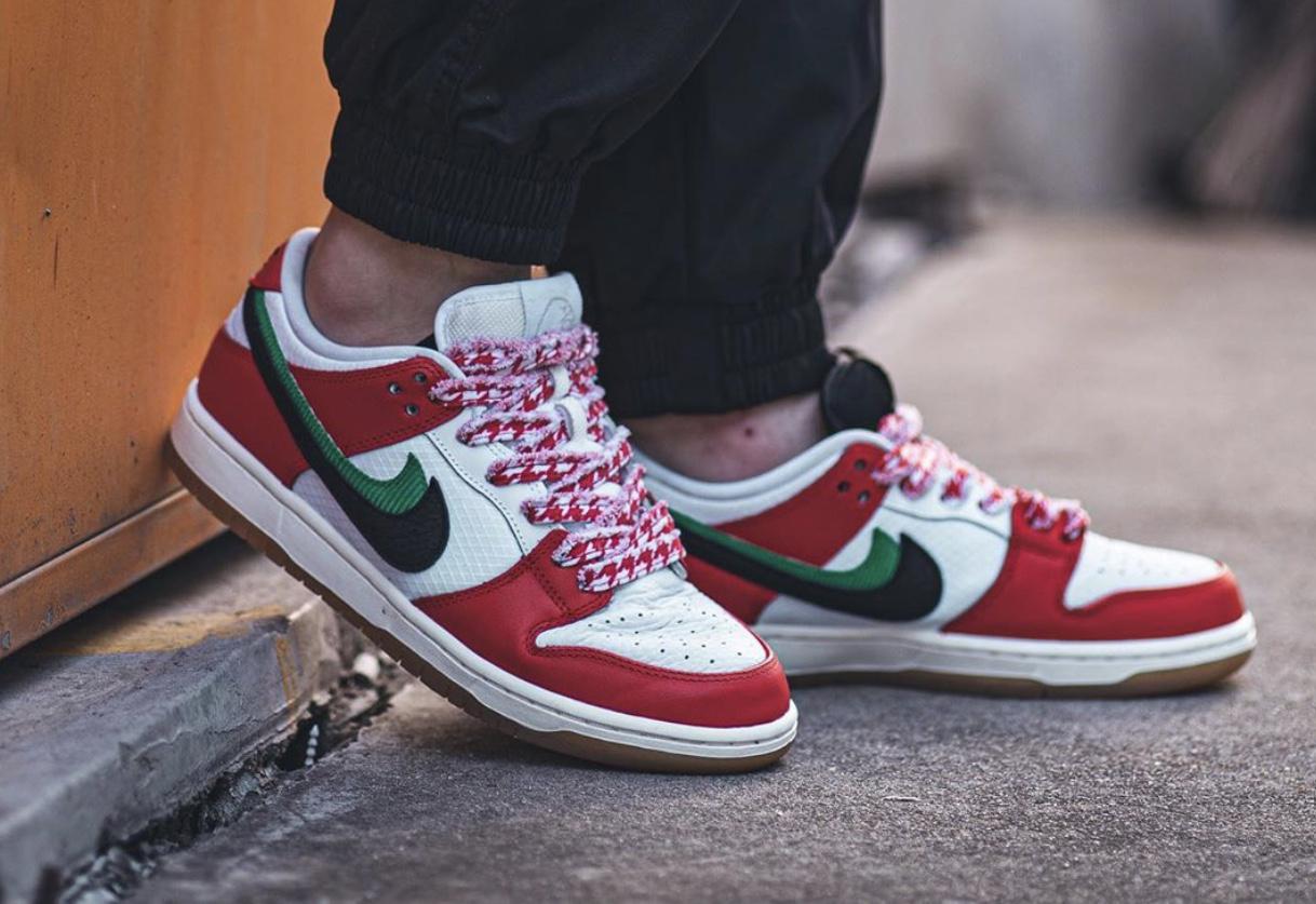 Frame Skate Nike SB Dunk Low Habibi CT2550-600 On Feet