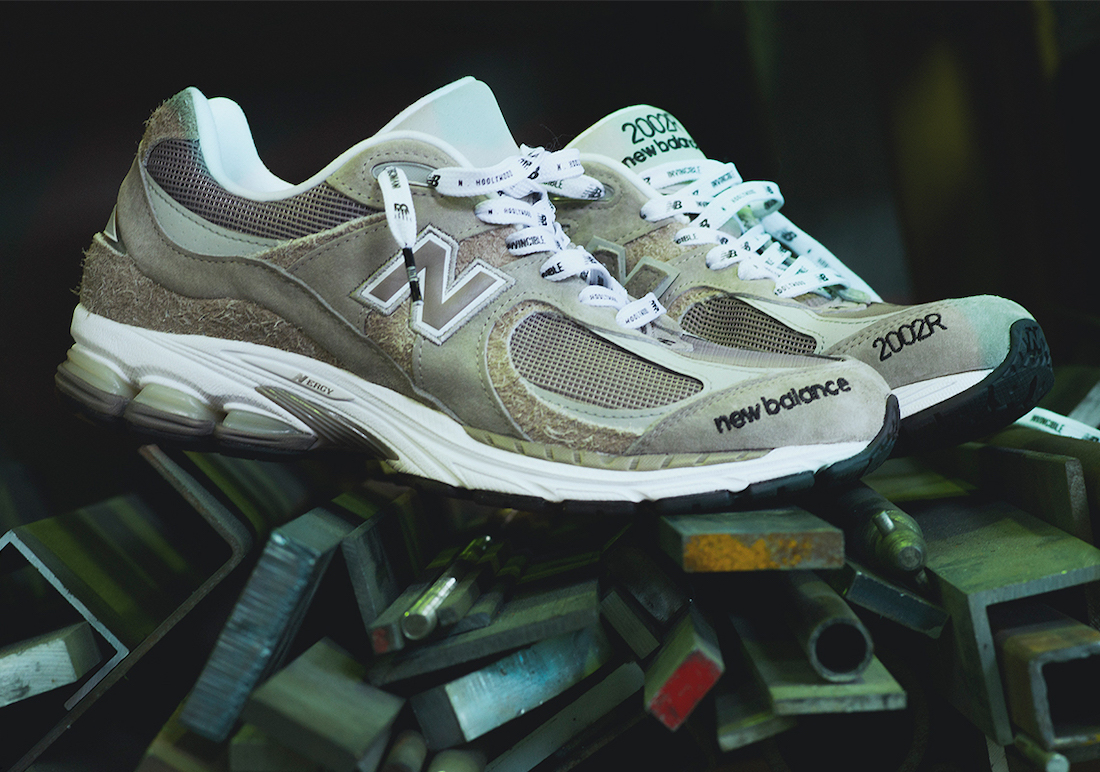 Invincible N.Hoolywood New Balance 2002R Release Date Info