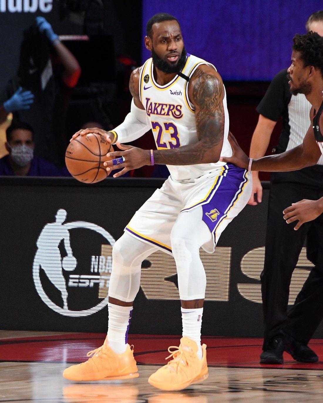 LeBron James Nike LeBron 18 Melon Tint NBA Finals
