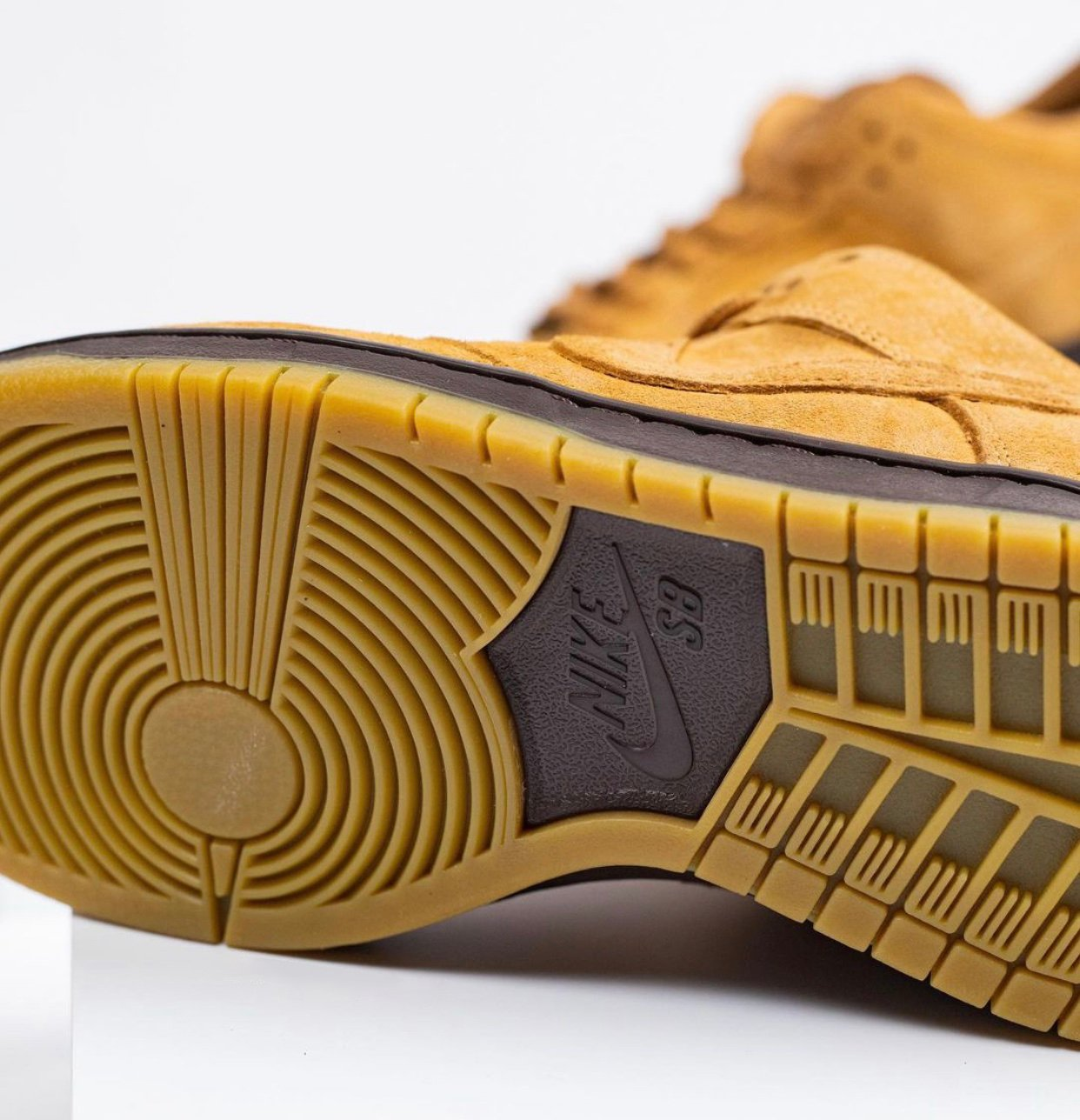 Nike SB Dunk Low Wheat Mocha BQ6817-204 Release Date Info