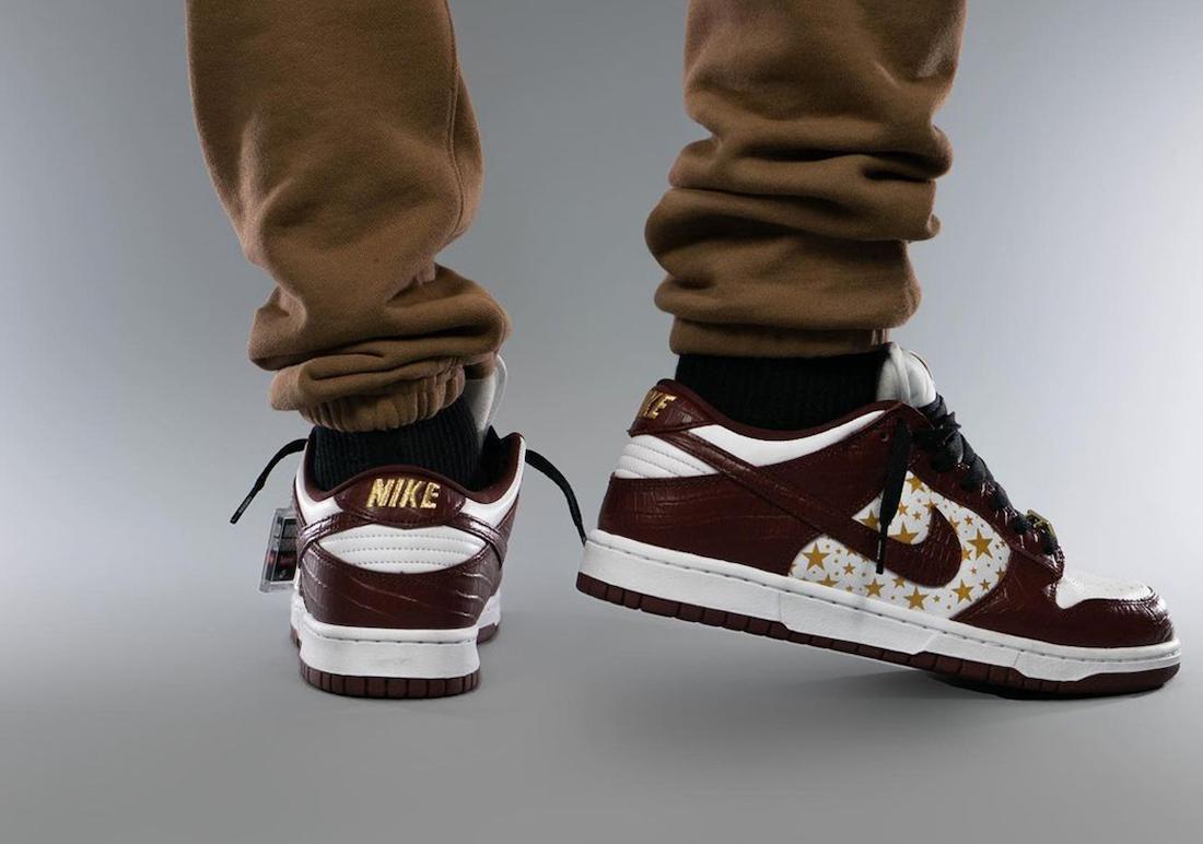 Supreme Nike SB Dunk Low Barkroot Brown Stars DH3228-103 On Feet