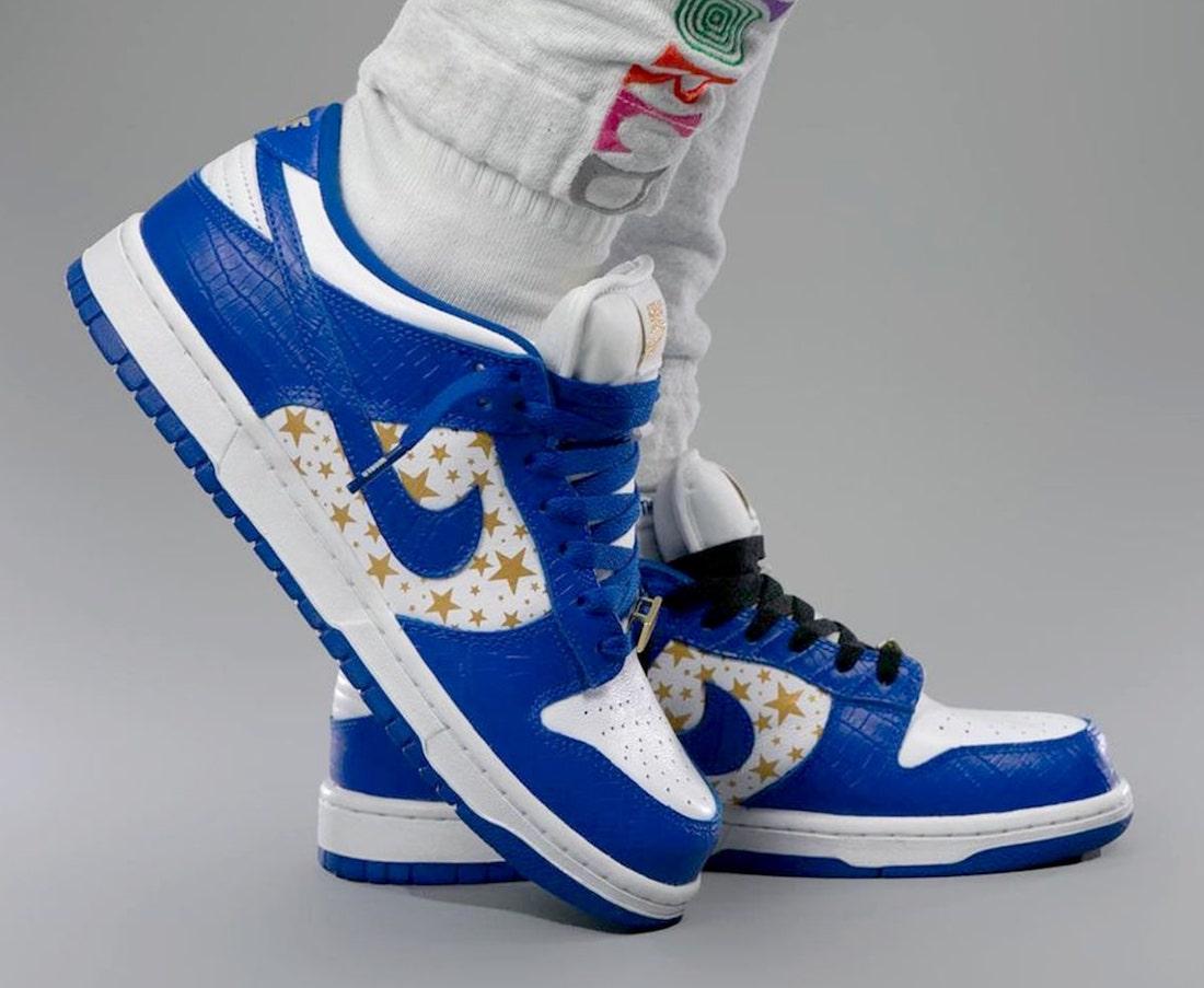 Supreme Nike SB Dunk Low Stars Hyper Blue DH3228-100 On-Feet