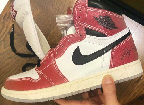 Trophy Room Air Jordan 1 Chicago Release Date