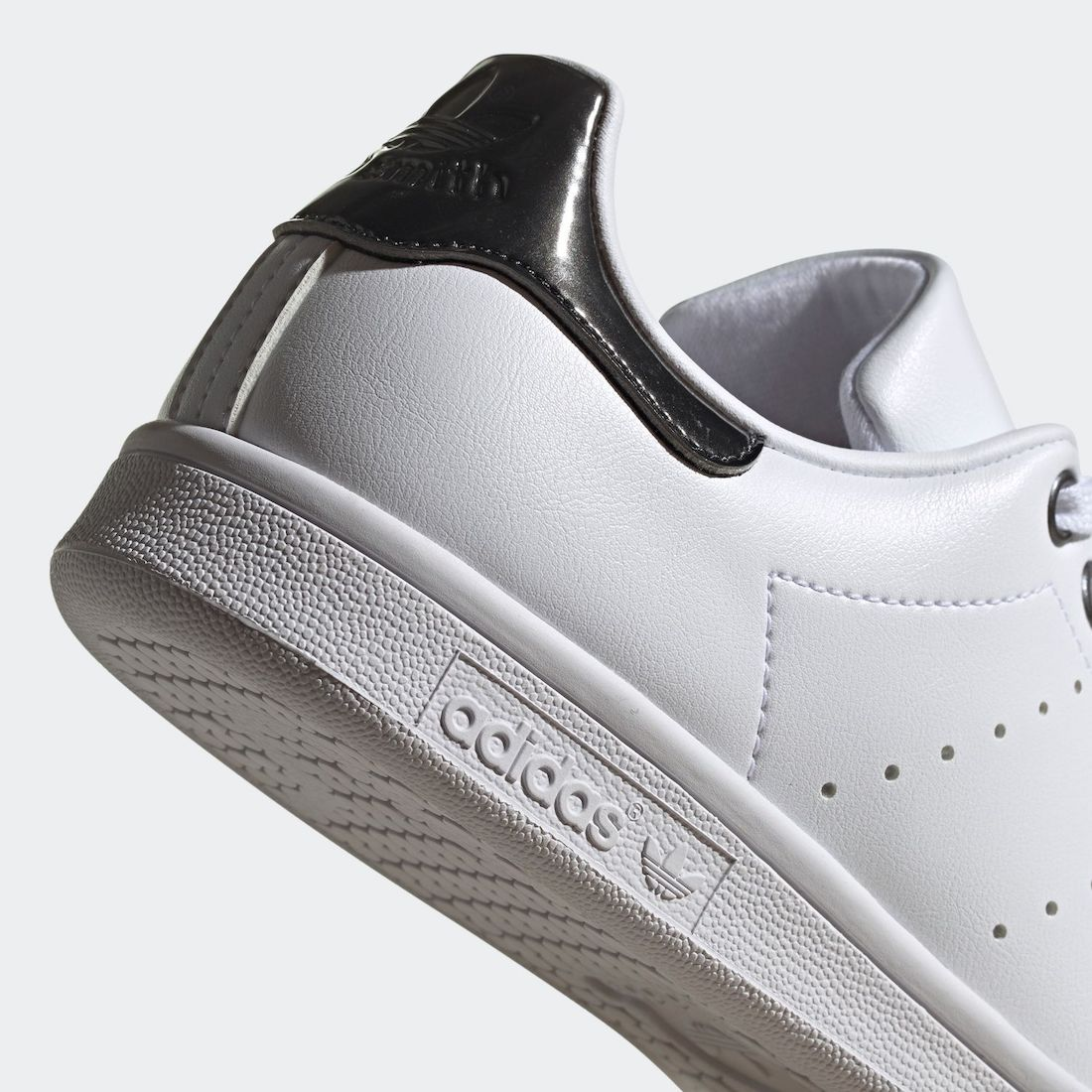 adidas Stan Smith Trace Grey Metallic Q47185 Release Date Info