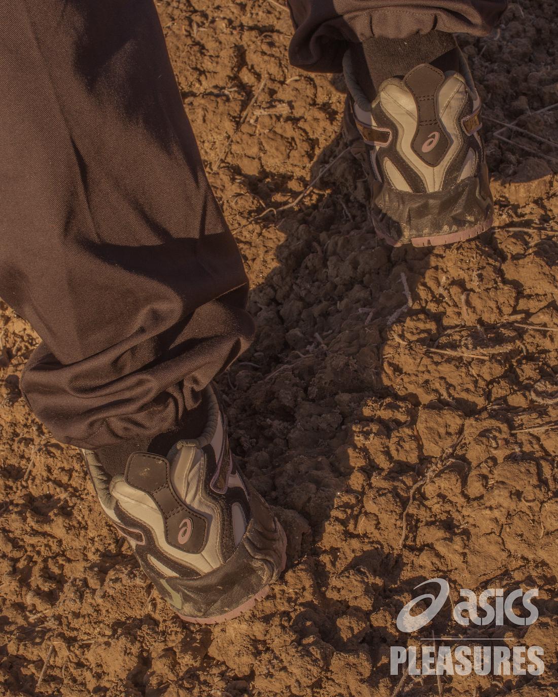PLEASURES Asics Gel Nandi OG Trail Release Date Info