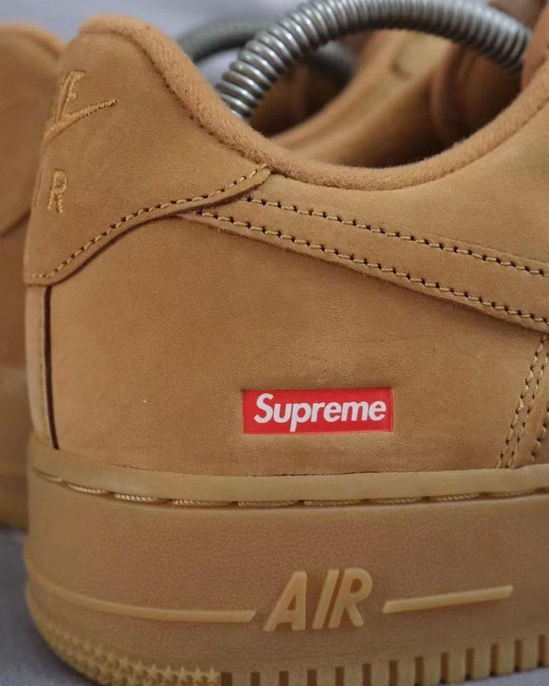 Supreme Nike Air Force 1 Low Flax Leak