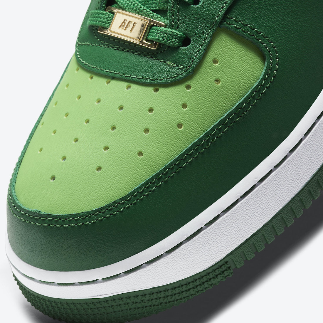 Nike Air Force 1 St. Patricks Day DD8458-300 Release Date Info