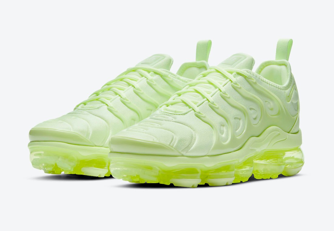 Nike Air VaporMax Plus Barely Volt DJ3023-700 Release Date Info