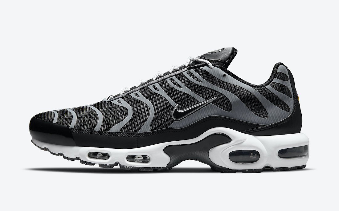 Nike Air Max Plus Black Grey DM2466-001 Release Date Info
