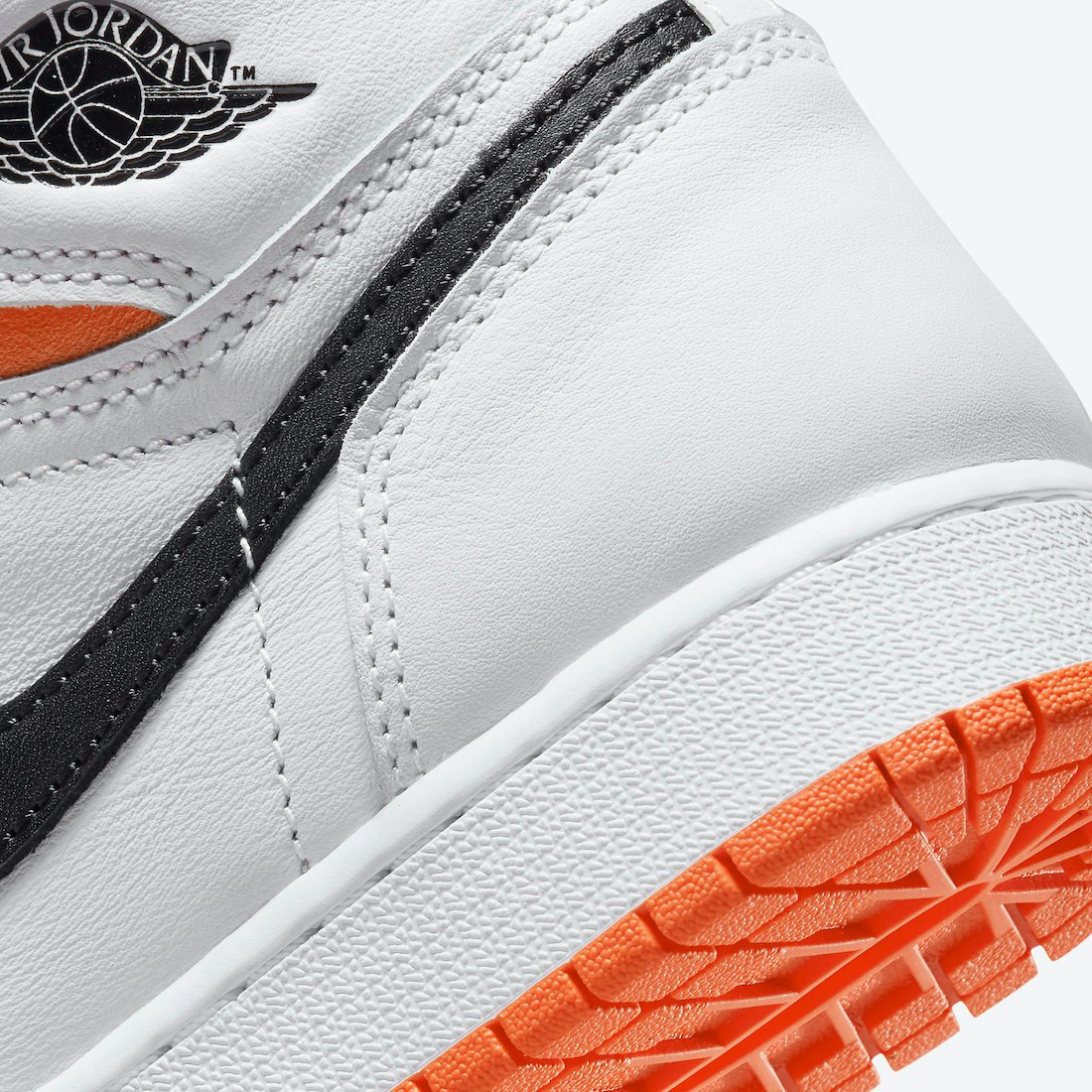 Air Jordan 1 Electro Orange GS 575441-180
