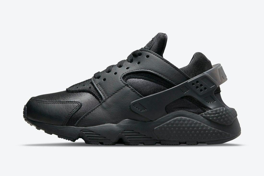 Nike Air Huarache Triple Black DH4439-001 Release Date Info