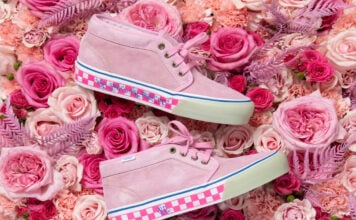 JSP Vault by Vans Chukka Roses Grown in Granite